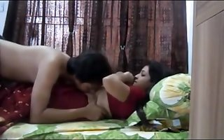 Indian duo having sultry orgy in their bedroom